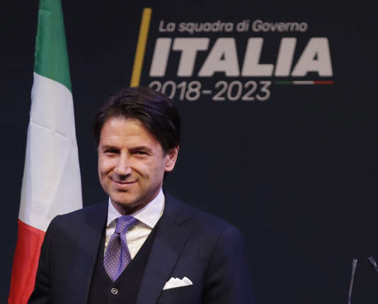 Giuseppe Conte lors d'un meeting électoral du Mouvement 5 étoiles (M5S), à Rome, le1er mars.