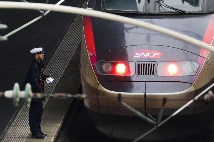 Cet épisode de grève continuera mardi 29mai quand le projet de réforme ferroviaire arrivera en discussion au Sénat.