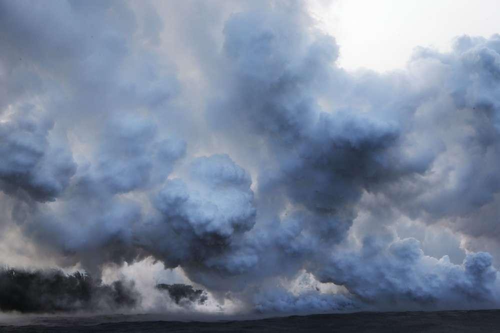 Le Kilauea est l'un des volcans les plus actifs du monde et l'un des cinq que compte la Grande Ile d'Hawaï, la plus grande de l'archipel. Son éruption, le 3mai, a entraîné l'évacuation de quelque 2000personnes de leurs maisons.