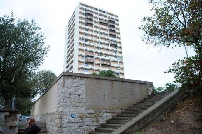 Un immeuble du quartier marseillais de La Busserine, dans le 14e arrondissement, en octobre 2016.