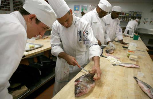 Les 35 écoles Cordon-Bleu revendiquent 20000étudiants en gastronomie dans le monde.