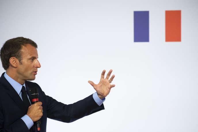 Emmanuel Macron s'exprime sur les banlieues, à l'Elysée, le 22 mai.