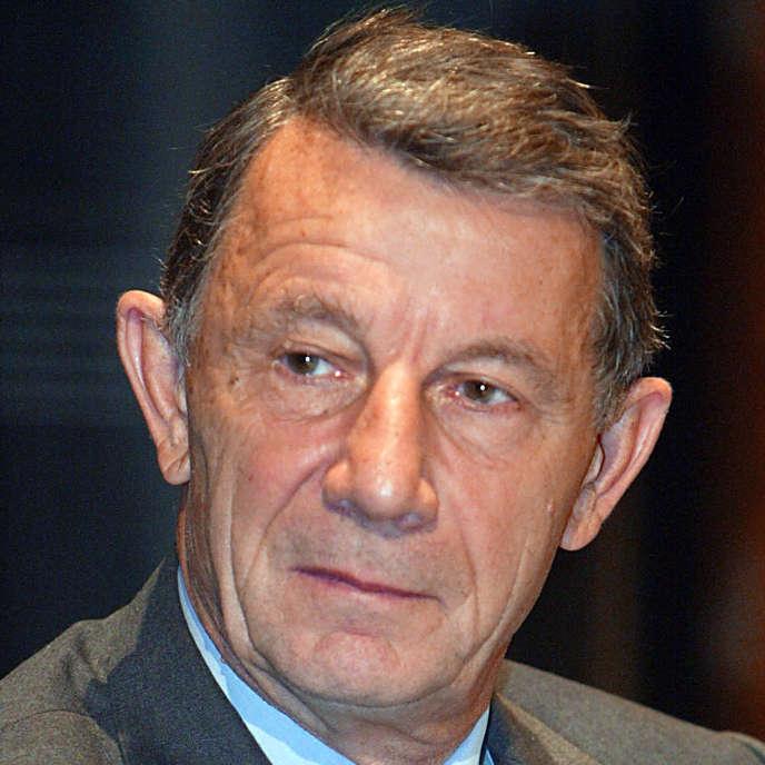 L'amiral Jacques Lanxade, ancien chef d'état-major des armées en novembre 2002, à Paris, lors du colloque organisé par le barreau de Paris sur le thème «terrorisme et droits fondamentaux».