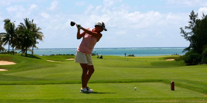 Sur le green du resort d'Anahita, à Maurice. L'îleest surnommée« le paradis des golfeurs».