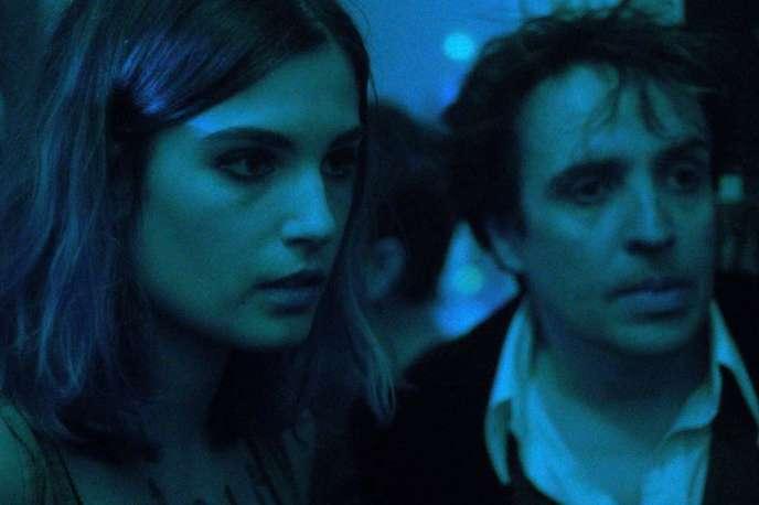 Alma Jodorowsky et Laurent Poitrenaux dans« Le Ciel étoilé au-dessus de ma tête», d'Ilan Klipper.