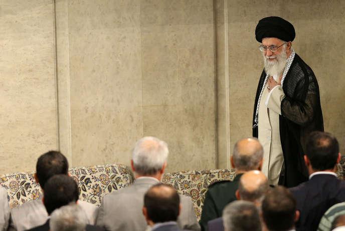 « Il faut que les banques européennes préservent le commerce avec la République islamique », affirme Ali Khamenei.