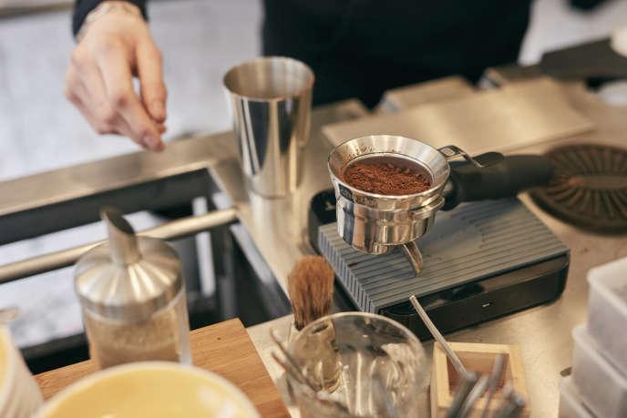 Le Caoua Coffee Shop, situé quai de Jemmapes, Paris 10e.