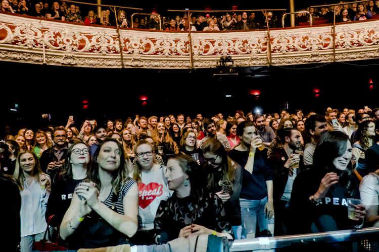 Un concert à l'Olympia Theater; à Dublin, pour lever des fonds au profit du mouvement«Abrogeons le 8e».