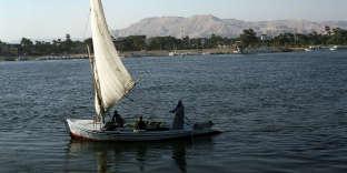Une felouque,sur le Nil,aux environsde Louxor, en Haute-Egypte.