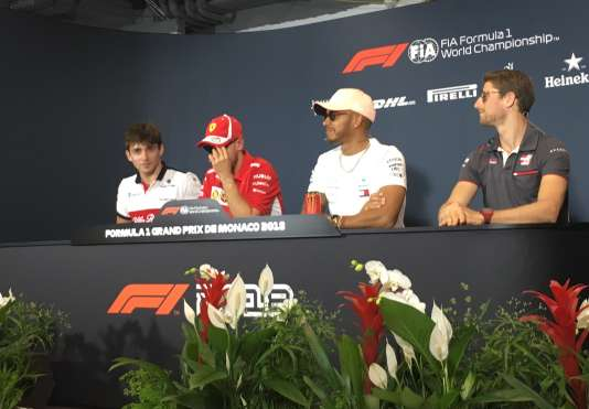 Point presse, le 23 mai à Monaco, en marge du Grand Prix. De gauche à droite : Charles Leclerc (Alfa Romeo Sauber), Sebastian Vettel (Ferrari), Lewis Hamilton (Mercedes), Romain Grosjean (Haas).