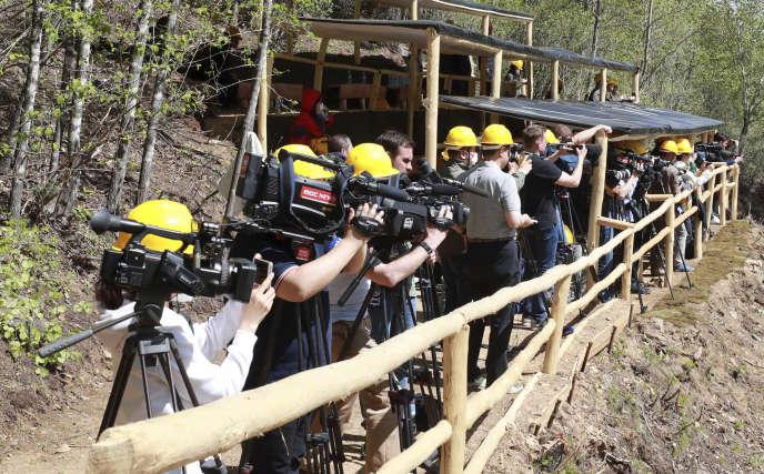 La presse étrangère a été invitée par les autorités nord-coréennes à assister à la destruction du site d'essais nucléaires dePunggye-ri, le 24 mai.