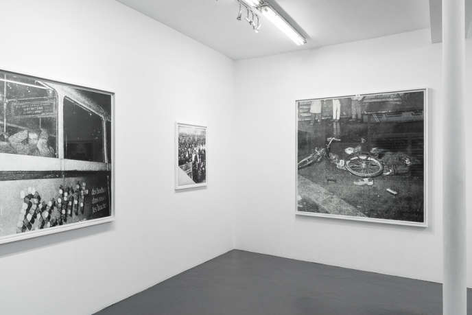Vue de l'exposition d'Eric Manigaud,« Octobre 1961», à la galerie Sator (Paris 3e).