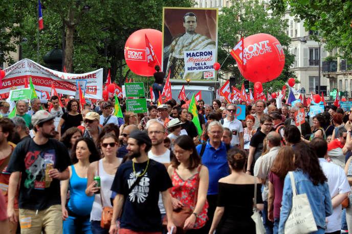 Cortège parisien de la manifestation contre la politique du gouvernement, le 26 mai.