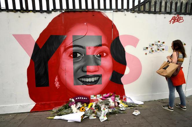 A Dublin, le 25mai: hommage àSavita Halappanavar,morte en couches après s'être vu refuser une IVG en 2012.
