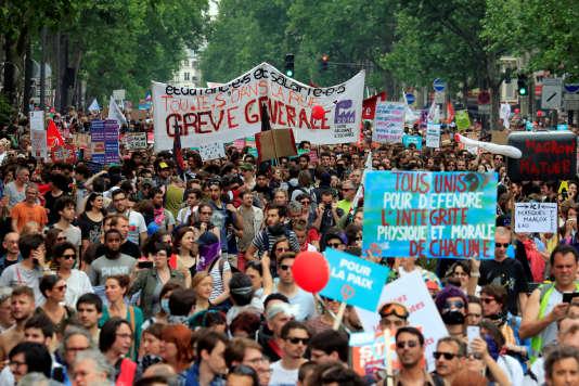 Le cortège parisien a rassemblé près de 32 000 personnes le 26 mai, selon le comptage indépendant réalisé pour un collectif de médias.