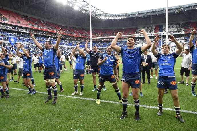 Les joueurs castrais après leur victoire sur le Racing 92 en demi-finales, à Lyon, samedi26 mai.