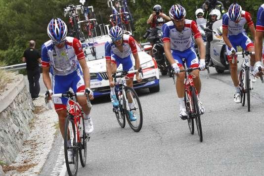 Chancelant sur son vélo, Thibaut Pinot a été contraint d'abandonner au soir de la 20e étape du Giro.