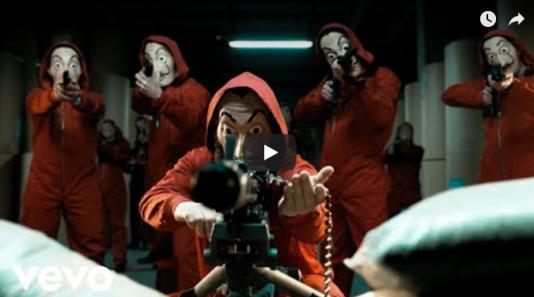 «Despacito»de Luis Fonsi avait été supprimée, remplacée par cette photo d'un gang lourdement armé.