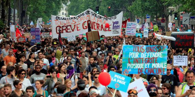 Le cortège parisien a rassemblé près de 32 000 personnes, selon le comptage indépendant réalisé pour un collectif de médias.