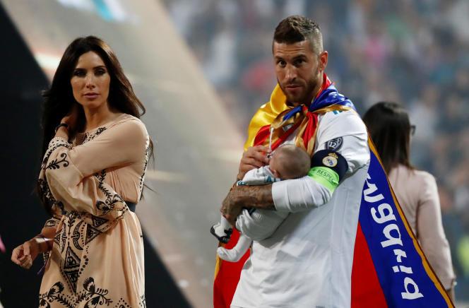 Sergio Ramos, en famille, célèbre la victoire en Ligue des champions dimanche 27 mai, au stade Santiago Bernabeu.