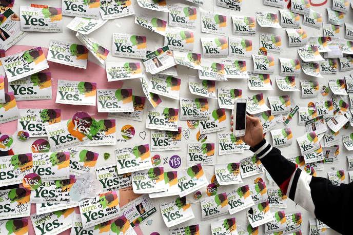 Les Irlandais ont dit oui à plus de 66 %, vendredi, à la légalisation de l'IVG lors d'un référendum.