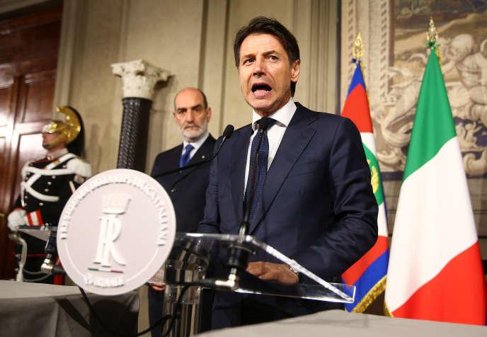 En Italie, Giuseppe Conte après sa rencontre avec le président Sergio Mattarella, le 27 mai 2018.
