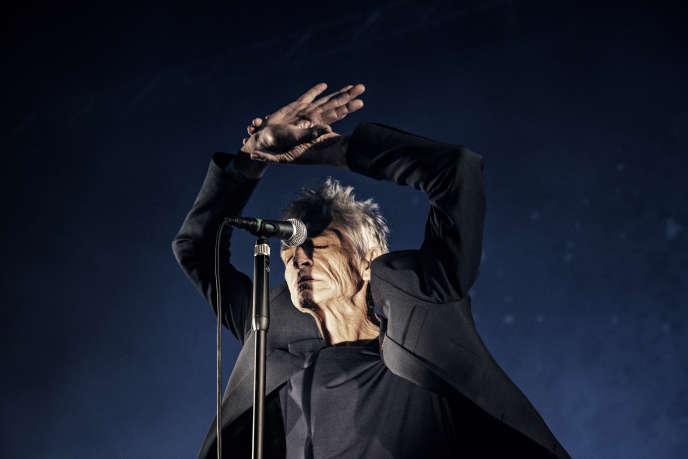 Philippe Pascal, chanteur du groupe Marquis de Sade, lors du concert donné à Villette Sonique, le 26 mai 2018.