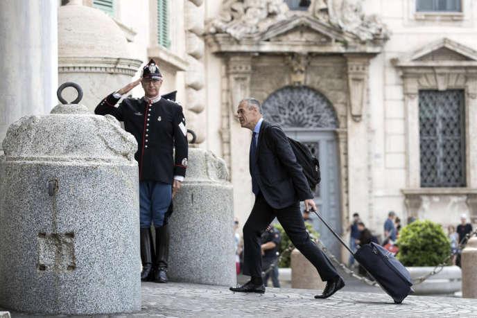 Carlo Cottarelli à son arrivée au palais du Quirinal, à Rome, le 28mai 2018.