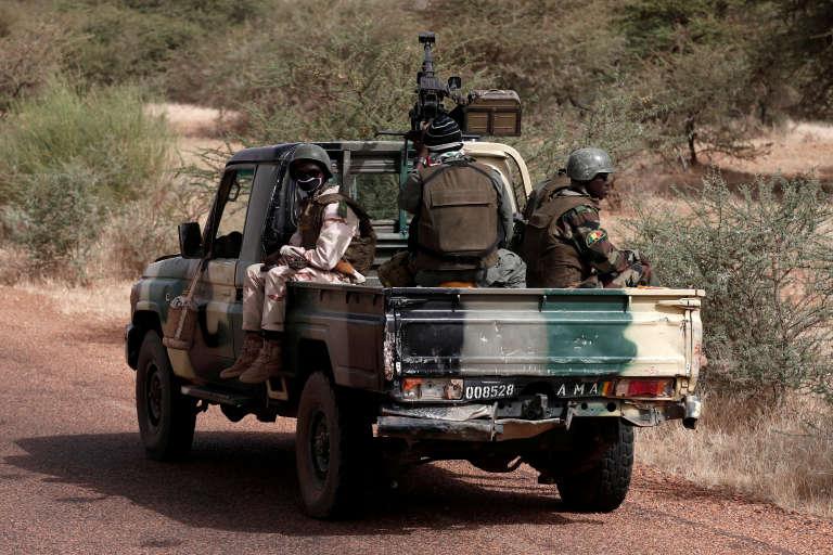 Une patrouille malienne dans la région de Tassiga, dans le nord-est du pays, en octobre 2017.