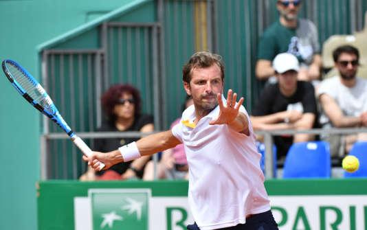 Julien Benneteau espère ne pas disputer son dernier match à Roland-Garros mardi.