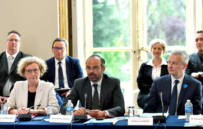 Le projet de loi de la ministre du travail, Muriel Pénicaud (à gauche, le 28mai), abroge la période de professionnalisation.