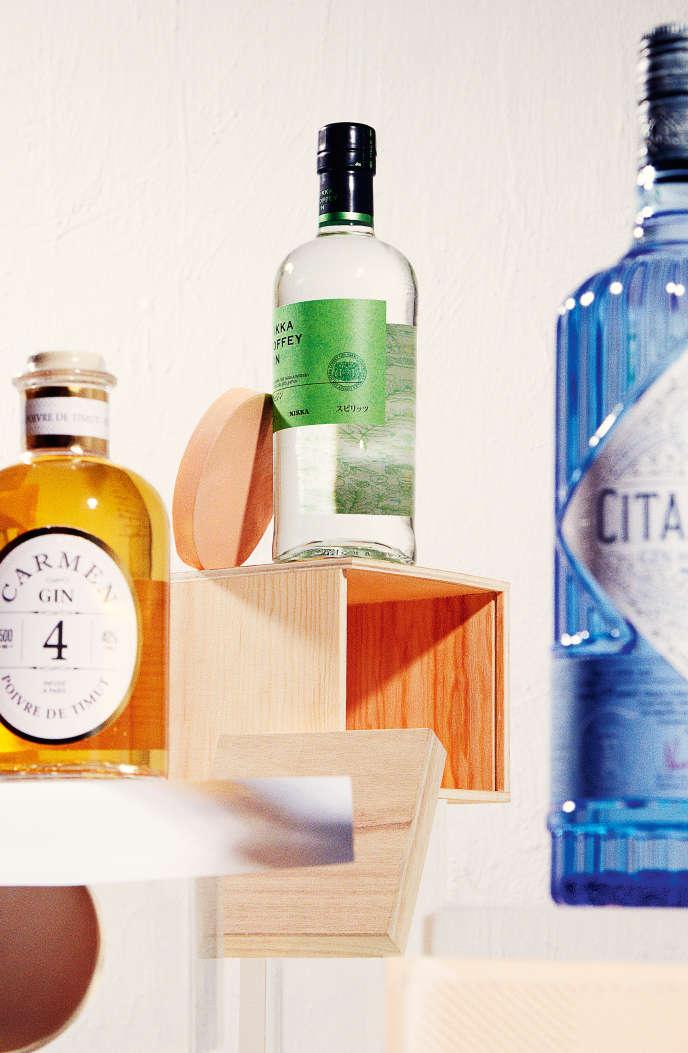 Le gin se décline en des milliers de marques, 6 000 dans le monde, dont 500 en Grande-Bretagne.