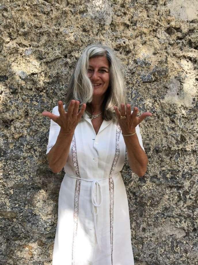 Sophie Fontanel chronique la mode au magazine « L'Obs».