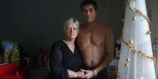 Chantal Lambert, 60 ans, garde pour chiens, et Thierry Laplanche, 58 ans, ambulancier, habitent à Quincey (Haute-Saône).