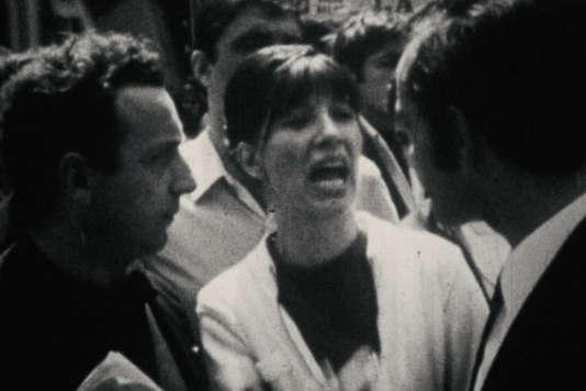 «Reprise», un documentaire français d'Hervé Le Roux.