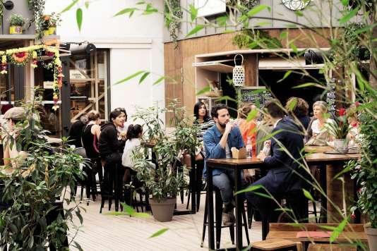 Le Parisian Omnivore District (ou POD) s'est installé dans la cour du BHV Homme, rue du Temple, dans le 4e arrondissement de Paris.