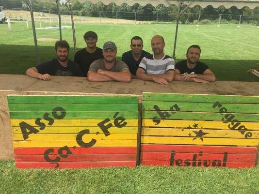 Les membres de l'association Ça C Fé, à l'origine du Lev'Roots Festival de Levroux (36).