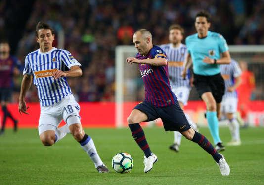 Le joueur du FC Barcelone Andres Iniesta, lors d'une rencontredu championnat de football espagnol face au Real Sociedad,à Barcelone, le 20 mai.