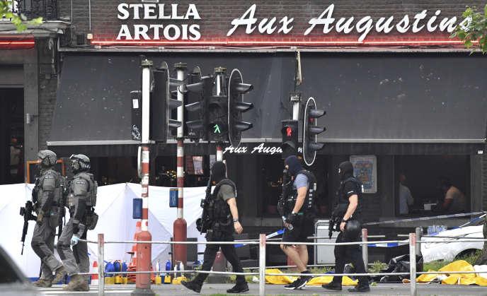 Sur le site de l'attaque au couteau et de la fusillade, à Liège (Belgique), mardi 29 mai.
