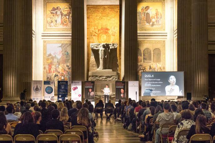 Le premier concours international d'éloquence de l'université Paris-I s'achève en beauté dans un lieu emblématique pour les huit finalistes : le Panthéon.