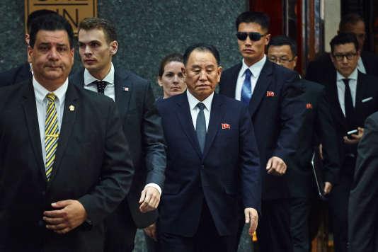 Le nord-coréen Kim Yong Chol quitte son hôtel à New York le 30 mai.