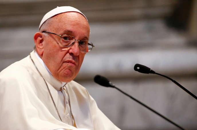 Le pape récemment annoncé des « changements » à court, moyen et long termes pour rétablir « la justice » au sein de l'Eglise chilienne.
