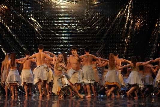 Le Ballet national du Kosovo a été créé en 1972 à Pristina.