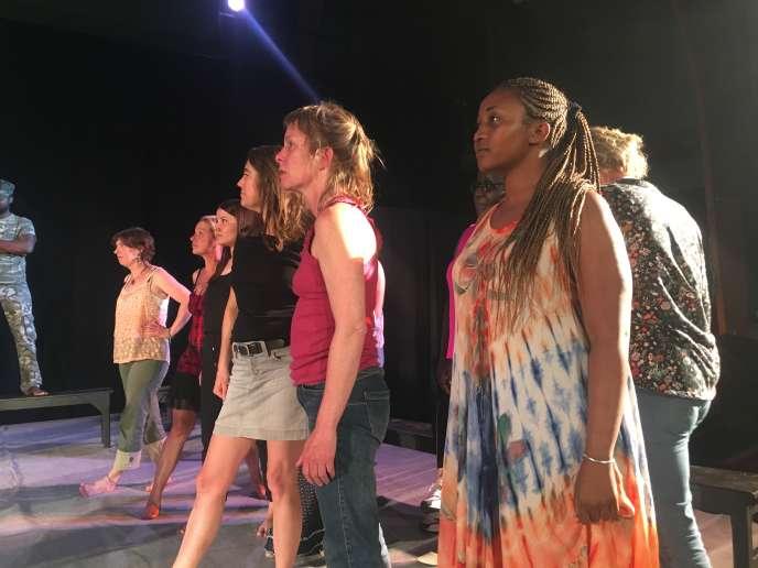 Répétition des« Suppliantes», pièce d'Eschyle mise en scène par Jean-Luc Bansard, à Saumur (Maine-et-Loire), le 20 mai 2018.
