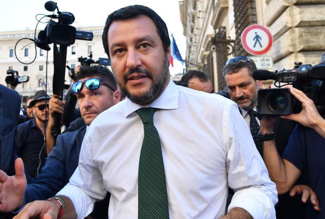 Matteo Salvini après la première réunion de son cabinet, au palais de Chigi, à Rome, le 1er juin 2018.