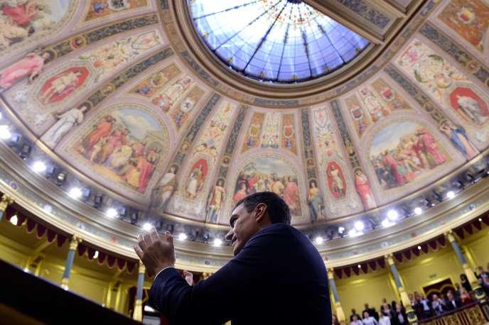 Pedro Sanchez au Parlement à Madrid, le 1er juin.