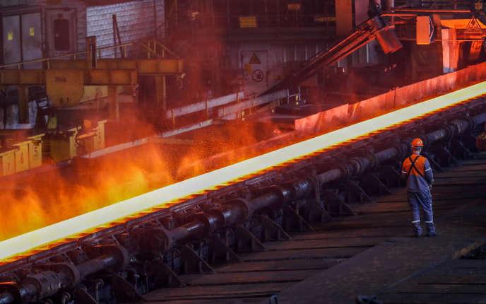 Dans une usine de production d'acier ArcelorMittal à Gent, en Belgique, le 22 mai.
