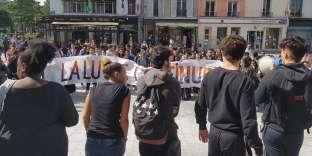 Des élèves du lycée Paul-Eluard, à Saint-Denis, protestent contre Parcoursup, le 31 mai.