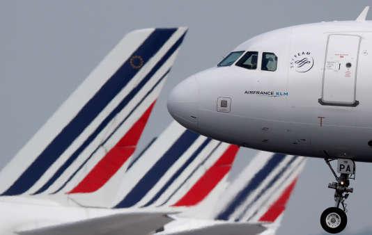 Un A320 d'Air France à l'aéroport Roissy-Charles-de-Gaulle, le 9mai 2018.