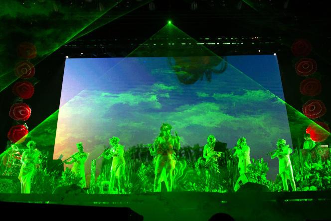 La chanteuse Björk en concert au festival We Love Green au bois de Vincennes, le 3 juin 2018.